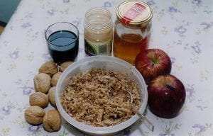 Ashkenazi-style Charoset made from apples, walnuts, red wine and cinnamon courtesy Wikimedia user Yoninah