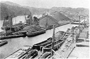 canal boats unloading their coal at Rondout