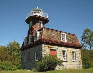 Bluff Point Lighthouse courtesy Wikimedia user Mwanner