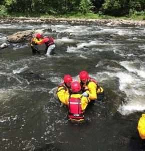 Forest Rangers take part in swiftwater rescue training In Rondout Creek