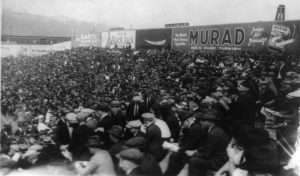 Crowds watch Game 1 of the 1922 World Series at the Polo Grounds on October 4 1922 (Library of Congress)