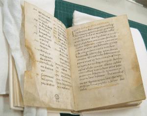 The Apicius manuscript